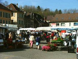 Pont de Beauvoisin - weekly outdoor market