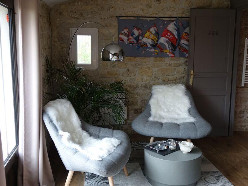 Chambre Ré coin salon