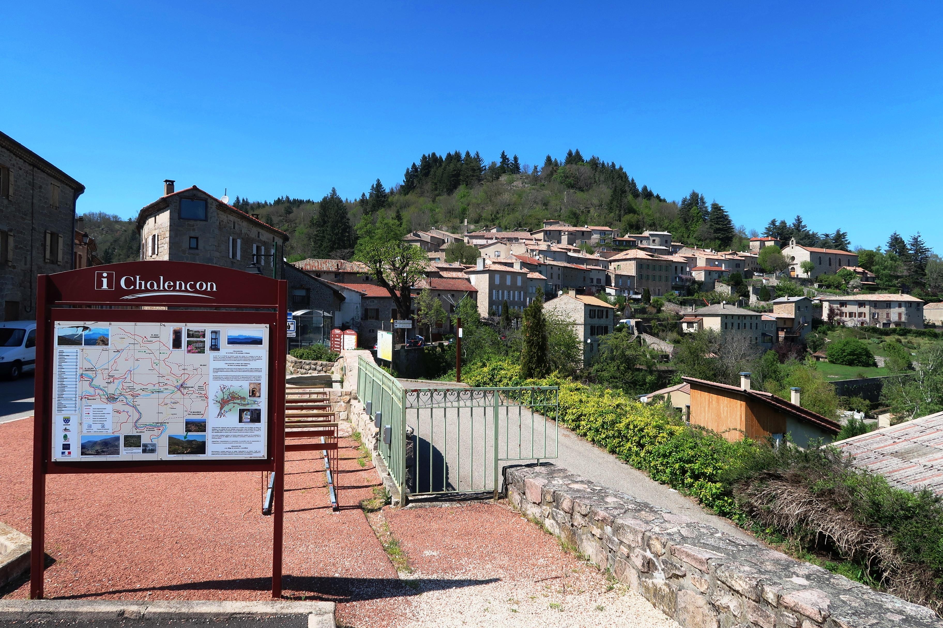 Rendez-vous futés ! : Journées européennes du patrimoine : visite guidée du village médiéval de Chalencon